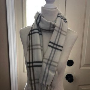 Cream, brown, grey acrylic Cejon scarf